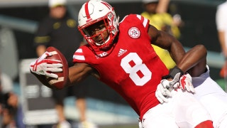 Stanley Morgan Jr. hauls in a miraculous, one-handed touchdown catch as Nebraska strikes first