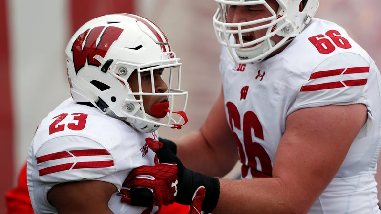 Badgers' Taylor, Benzschawel make AP All-America first team