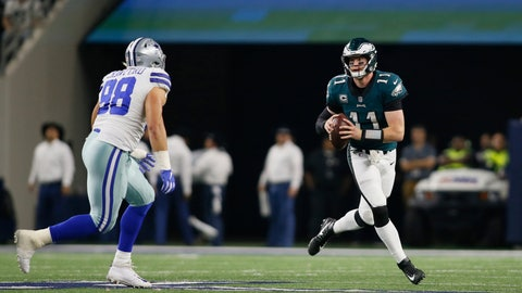 NFL: Philadelphia Eagles at Dallas Cowboys