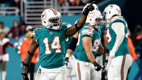 Browns expected to trade for Dolphins WR Jarvis Landry, reports say