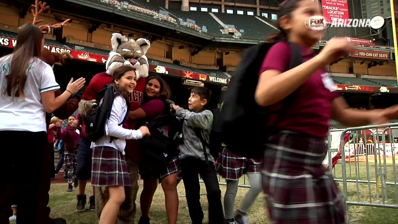 D-backs treat 600 kids to Winter Classic at Chase Field
