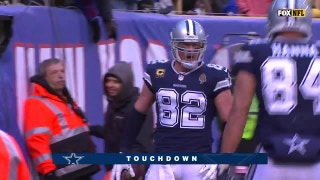 Cole Beasley's long catch and run helps set up a Jason Witten touchdown to help the Cowboys beat the Giants