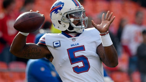 Buffalo Bills quarterback Tyrod Taylor (5) warms up before an NFL football game against the Kansas City Chiefs in Kansas City, Mo., Sunday, Nov. 26, 2017. (AP Photo/Ed Zurga)