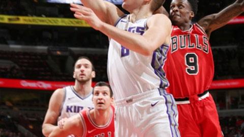 Kings try to keep taking baby steps vs. Bulls