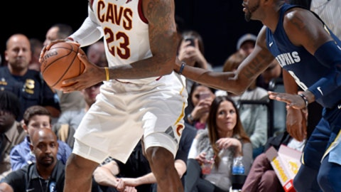 CLEVELAND, OH - DECEMBER 2:  LeBron James #23 of the Cleveland Cavaliers handles the ball against the Memphis Grizzlies on December 2, 2017 at Quicken Loans Arena in Cleveland, Ohio. NOTE TO USER: User expressly acknowledges and agrees that, by downloading and/or using this Photograph, user is consenting to the terms and conditions of the Getty Images License Agreement. Mandatory Copyright Notice: Copyright 2017 NBAE (Photo by David Liam Kyle/NBAE via Getty Images)