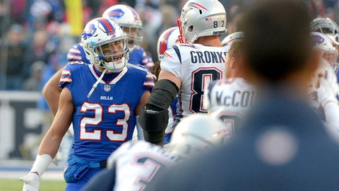 Bills' White calls Gronk a 'dirty player' for blindside hit