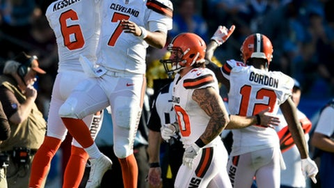 Cleveland Browns quarterback DeShone Kizer (7) celebrates after his touchdown pass against the Los Angeles Chargers during the first half of an NFL football game Sunday, Dec. 3, 2017, in Carson, Calif. (AP Photo/Kelvin Kuo)