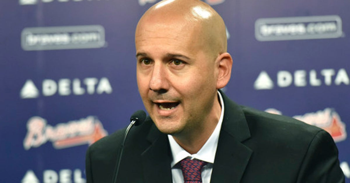 Former Braves GM Coppolella apologizes for rule violations