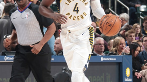 INDIANAPOLIS, IN - DECEMBER 6:  Victor Oladipo #4 of the Indiana Pacers handles the ball against the Chicago Bulls on December 6, 2017 at Bankers Life Fieldhouse in Indianapolis, Indiana. NOTE TO USER: User expressly acknowledges and agrees that, by downloading and or using this Photograph, user is consenting to the terms and conditions of the Getty Images License Agreement. Mandatory Copyright Notice: Copyright 2017 NBAE (Photo by Ron Hoskins/NBAE via Getty Images)