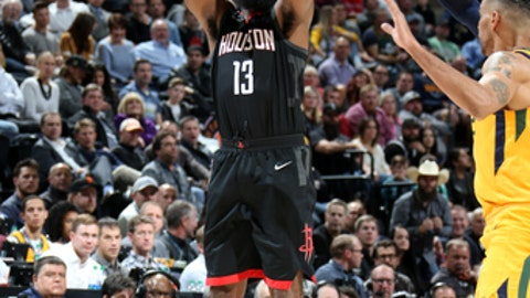 SALT LAKE CITY, UT - DECEMBER 7:  James Harden #13 of the Houston Rockets shoots the ball during the game Utah Jazz on December 7, 2017 at Vivint.SmartHome Arena in Salt Lake City, Utah. NOTE TO USER: User expressly acknowledges and agrees that, by downloading and or using this Photograph, User is consenting to the terms and conditions of the Getty Images License Agreement. Mandatory Copyright Notice: Copyright 2017 NBAE (Photo by Melissa Majchrzak/NBAE via Getty Images)