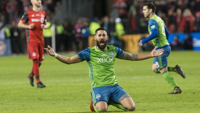 Sounders get salary help, sign Dempsey to new deal for 2018