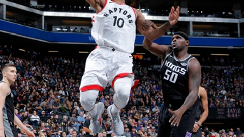 SACRAMENTO, CA - DECEMBER 10: DeMar DeRozan #10 of the Toronto Raptors dunks the ball during the game against the Sacramento Kings on December 10, 2017 at Golden 1 Center in Sacramento, California. NOTE TO USER: User expressly acknowledges and agrees that, by downloading and or using this Photograph, user is consenting to the terms and conditions of the Getty Images License Agreement. Mandatory Copyright Notice: Copyright 2017 NBAE (Photo by Rocky Widner/NBAE via Getty Images)