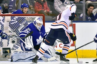 McElhinney makes 41 saves, Maple Leafs beat Oilers 1-0 (Dec 10, 2017)