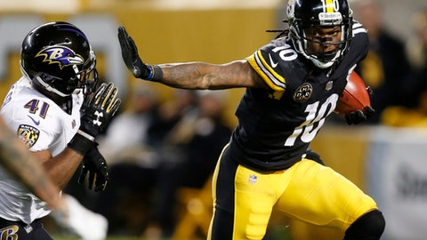 Pittsburgh Steelers wide receiver Martavis Bryant (10) stiff-arms Baltimore Ravens cornerback Anthony Levine (41) during the second half of an NFL football game in Pittsburgh, Sunday, Dec. 10, 2017. (AP Photo/Keith Srakocic)