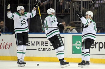 Stars stop 3-game slide with 2-1 shootout win over Rangers (Dec 11, 2017)