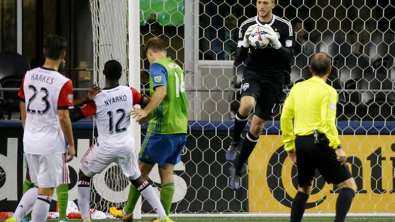 Seattle goalie Miller leads LAFC list in MLS expansion draft