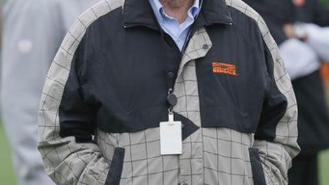 FILE - In this Tuesday, June 2, 2015, file photo, Pete Brown, senior vice president of player personnel for the Cincinnati Bengals, attends organized team activities at the team's NFL football training fields in Cincinnati. Pete Brown, along with his father Paul and brother Mike, co-founded the Bengals in the mid-1960s. The Bengals organization announced that Pete Brown died Tuesday, Dec. 12, 2017. He was 74.  (AP Photo/John Minchillo, File)