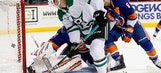 Pitlick, Benn lead Stars to 5-2 victory over Islanders