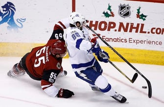 NHL-best Lightning beat Coyotes 4-1 for 6th straight win (Dec 14, 2017)