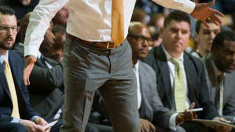 Missouri head coach Cuonzo Martin shouts instructions to his team during the first half of an NCAA college basketball game against North Florida Saturday, Dec. 16, 2017, in Columbia, Mo. (AP Photo/L.G. Patterson)