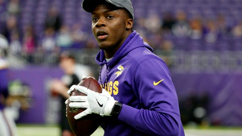 Minnesota Vikings quarterback Teddy Bridgewater warms up before an NFL football game against the Cincinnati Bengals, Sunday, Dec. 17, 2017, in Minneapolis. (AP Photo/Bruce Kluckhohn)
