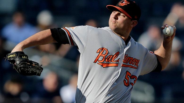 Orioles closer Zach Britton ruptures right Achilles tendon