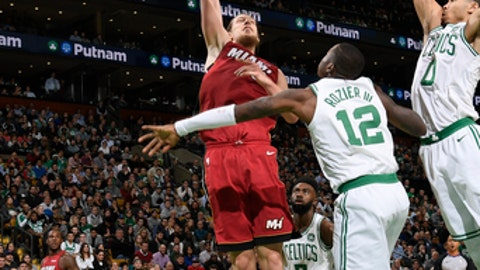 BOSTON, MA - DECEMBER 20: Kelly Olynyk #9 of the Miami Heat shoots the ball against the Boston Celtics on December 20, 2017 at the TD Garden in Boston, Massachusetts.  NOTE TO USER: User expressly acknowledges and agrees that, by downloading and or using this photograph, User is consenting to the terms and conditions of the Getty Images License Agreement. Mandatory Copyright Notice: Copyright 2017 NBAE  (Photo by Brian Babineau/NBAE via Getty Images)