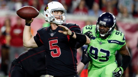FILE - In this Thursday, Nov. 9, 2017 file photo, Arizona Cardinals quarterback Drew Stanton (5) during an NFL football game against the Seattle Seahawks in Glendale, Ariz. The Cardinals play the New York Giants on Sunday, Dec. 24, 2017. (AP Photo/Rick Scuteri, File)