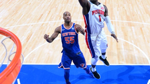 AUBURN HILLS, MI - DECEMBER 22:  Reggie Jackson #1 of the Detroit Pistons shoots the ball against the New York Knicks on December 22, 2017 at The Palace of Auburn Hills in Auburn Hills, Michigan. NOTE TO USER: User expressly acknowledges and agrees that, by downloading and/or using this photograph, User is consenting to the terms and conditions of the Getty Images License Agreement. Mandatory Copyright Notice: Copyright 2017 NBAE (Photo by Chris Schwegler/NBAE via Getty Images)