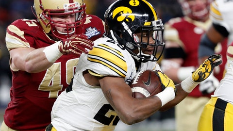 Pinstripe Bowl score: Akrum Wadley leads Iowa to victory over Boston College