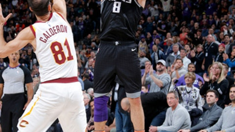 SACRAMENTO, CA - DECEMBER 27:  Bogdan Bogdanovic #8 of the Sacramento Kings shoots the ball against the Cleveland Cavaliers on December 27, 2017 at Golden 1 Center in Sacramento, California. NOTE TO USER: User expressly acknowledges and agrees that, by downloading and or using this Photograph, user is consenting to the terms and conditions of the Getty Images License Agreement. Mandatory Copyright Notice: Copyright 2017 NBAE (Photo by Rocky Widner/NBAE via Getty Images)