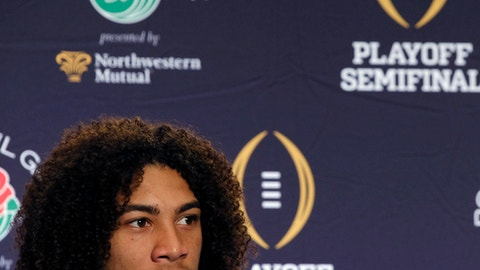 Oklahoma linebacker Caleb Kelly talks during a news conference in Los Angeles on Thursday, Dec. 28, 2017. Oklahoma will take on Georgia in the Rose Bowl on New Year's Day, in the College Football Playoff semifinals. (AP Photo/Richard Vogel)