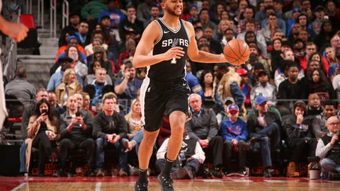 DETROIT, MI - DECEMBER 30: Kyle Anderson #1 of the San Antonio Spurs handles the ball against the Detroit Pistons on December 30, 2017 at Little Caesars Arena in Detroit, Michigan. NOTE TO USER: User expressly acknowledges and agrees that, by downloading and/or using this photograph, User is consenting to the terms and conditions of the Getty Images License Agreement. Mandatory Copyright Notice: Copyright 2017 NBAE (Photo by Brian Sevald/NBAE via Getty Images)