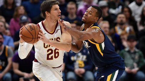 SALT LAKE CITY, UT - DECEMBER 30: Kyle Korver #26 of the Cleveland Cavaliers looks to pass around Rodney Hood #5 of the Utah Jazz in the second half of the 104-101 win by the Utah Jazz at Vivint Smart Home Arena on December 30, 2017 in Salt Lake City, Utah. NOTE TO USER: User expressly acknowledges and agrees that, by downloading and or using this photograph, User is consenting to the terms and conditions of the Getty Images License Agreement. (Photo by Gene Sweeney Jr./Getty Images)