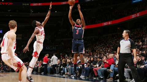 WASHINGTON, DC - DECEMBER 31:  Bradley Beal #3 of the Washington Wizards shoots the ball against the Chicago Bulls on December 31, 2017 at Capital One Arena in Washington, DC. NOTE TO USER: User expressly acknowledges and agrees that, by downloading and or using this Photograph, user is consenting to the terms and conditions of the Getty Images License Agreement. Mandatory Copyright Notice: Copyright 2017 NBAE (Photo by Ned Dishman/NBAE via Getty Images)