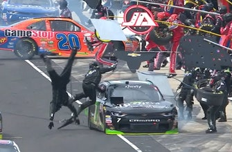 Landon and Matt's NASCAR Christmas Presents: Did Justin Allgaier have the worst pit stop in history?