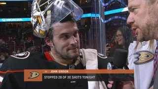 Gibson's stellar performance carries Ducks to victory