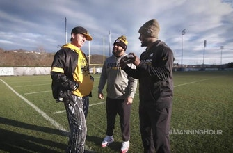 Cooper Manning introduces Le'Veon Bell to Lil' Coop