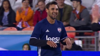Wondolowski scores nice chip for Team Holden | Kick In For Houston