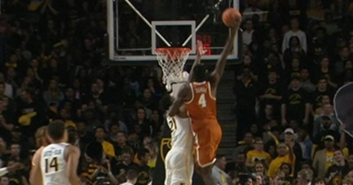 Texas' Mohamed Bamba makes the monster dunk look easy | FOX Sports