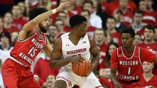 Wisconsin edges Western Kentucky 81-80 in controversial fashion