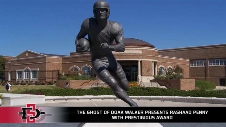 The ghost of Doak Walker presents Rashaad Penny with prestigious award