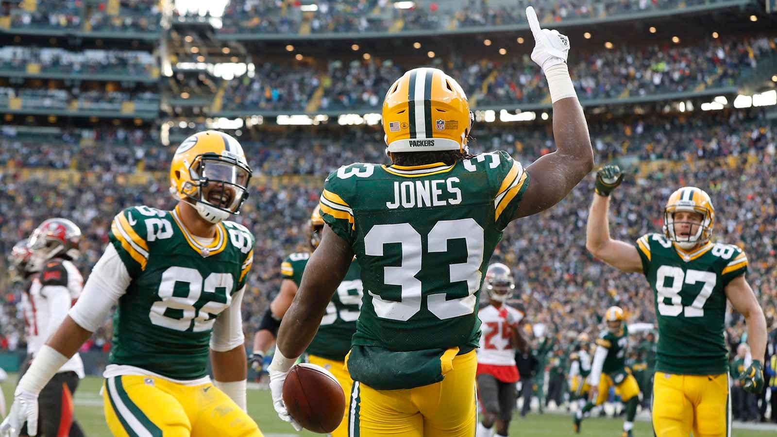 Statuesday Packers Jones And Other Rare 1 Carry 1 Touchdown Games