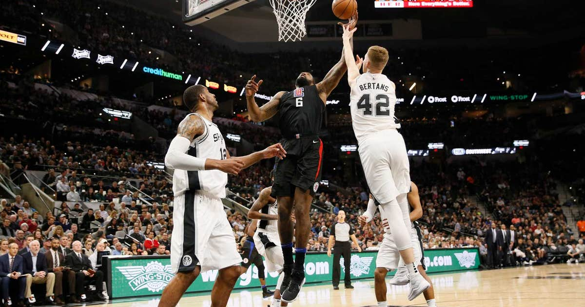 Pi-nba-clippers-spurs-121917.vresize.1200.630.high.0