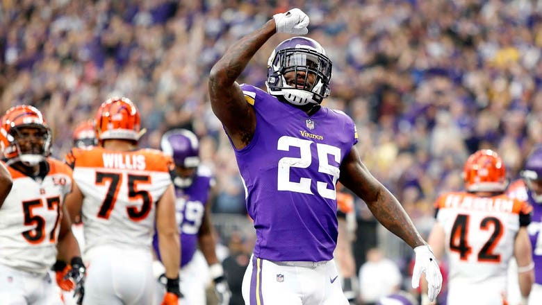 Vikings rout Bengals 34-7, clinch NFC North