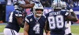 Cowboys blowout Giants 30-10, keep playoff hopes alive