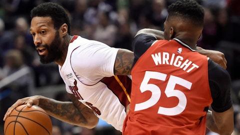 Wayne Ellington, Heat burn Raptors with late bucket