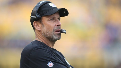 Browns meet with Todd Haley