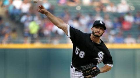 Chicago White Sox starting pitcher Miguel Gonzalez delivers during the first inning of the team's baseball game against the Los Angeles Dodgers on Tuesday, July 18, 2017, in Chicago. (AP Photo/Charles Rex Arbogast)