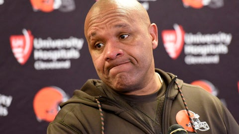 Cleveland Browns head coach Hue Jackson attends a meeting with reporters following an NFL football game against the Pittsburgh Steelers in Pittsburgh, Sunday, Dec. 31, 2017. (AP Photo/Don Wright)